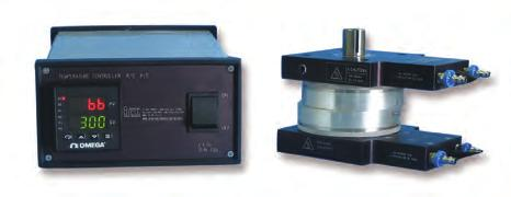 A removable thermocouple monitors temperature close to the surface of the platens.