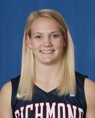 2017 Women s Basketball Class Abby Oliver University of Richmond (2008-12) Oliver finished her decorated four-year career as Richmond s seventh all-time leading scorer (1,488 points). The Roanoke, Va.
