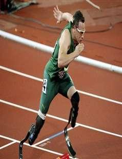 How fast can Paralympic Champion Oscar