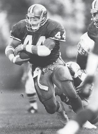 Huskers with 10 Years in NFL (25) Player Teams Years Bob Brown Eagles, Rams, Raiders 1964-73 Roger Craig 49ers, Raiders, Vikings 1983-93 John Dutton Colts, Cowboys