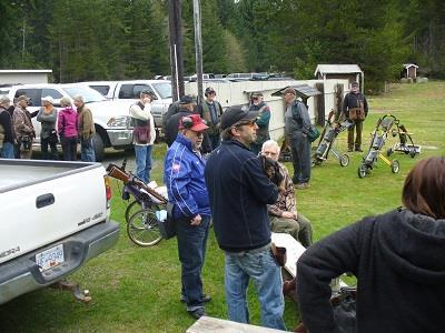 Photo 1 Shooters waiting for the start.