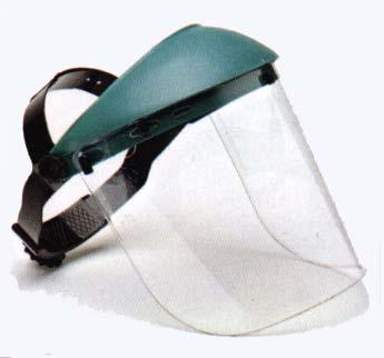 Face Shields Protect the face from nuisance dusts and potential splashes or sprays of