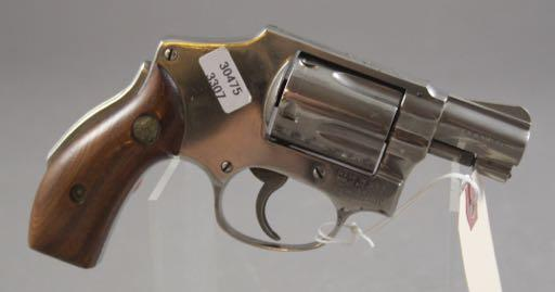 SMITH & WESSON MODEL 40 CENTENNIAL 38