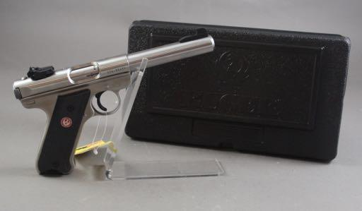 22 LR CALIBER PISTOL SN: 21670592, WITH