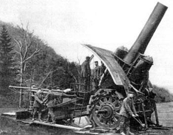 Slide 24 A German Heavy Howitzer Note the high elevation of the barrel, its wide