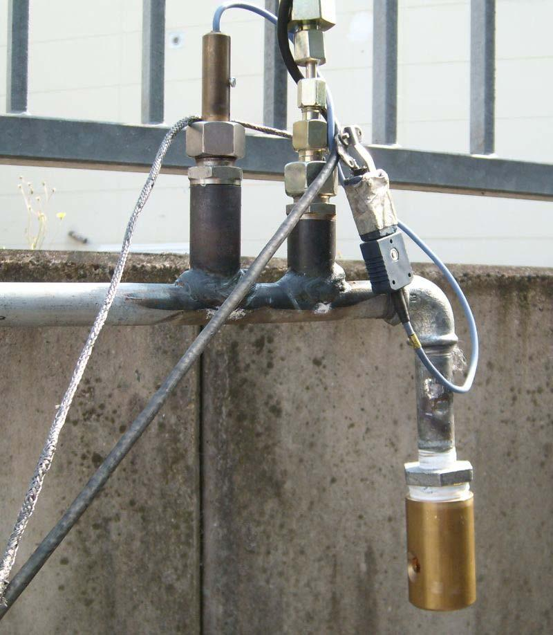 for pressure transducer and thermocouple behind the hose and