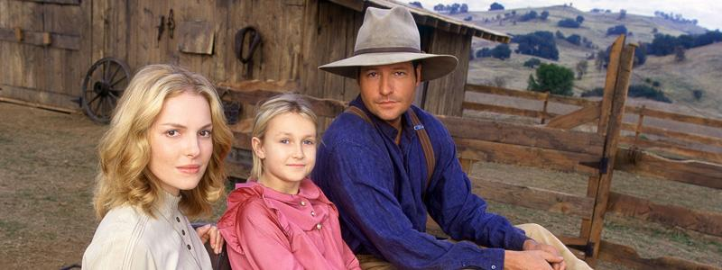 Love Comes Softly Friday, July 3 (7pm/6c) Emmy Award winning actress Katherine Heigl stars as Marty Claridge, a young woman alone in the 1800 s West, who agrees to a marriage of convenience with