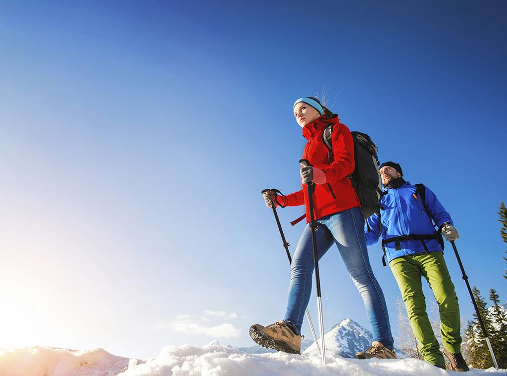 WINTER NORDIC WALKING Winter Nordic Walking, the dynamic walk with sticks has become increasingly more popular, so much to be practiced, perhaps with a little more attention, in winter too.