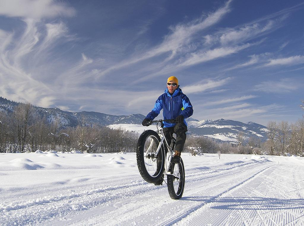 FAT BIKE The possibility to bike every Saison For those who love to bike not only during the summer months. Even during the winter season it is possible to make a bike tour.