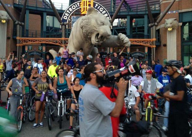 Emerging Trends: Group Rides Recurring group rides Detroit Slow Roll: weekly, up to