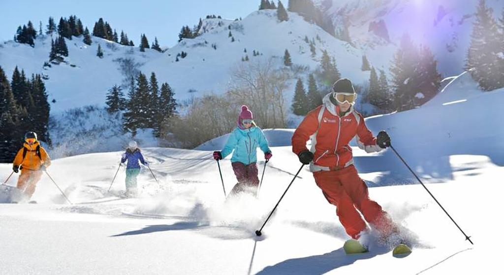 Sports & Activities** Land sports Group lessons Free access Min age (years) Dates available Alpine skiing All levels 4 years old Snowboard School All levels 8 years old Club Med