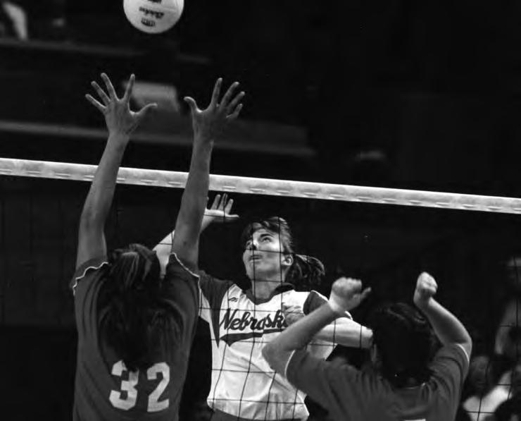 HISTORY Billie Winsett was the 1996 NCAA Woman of the Year and a captain on Nebraska s 1995 national title team. Domino's Pizza Classic - Albuquerque, N.M. - @ Aug.