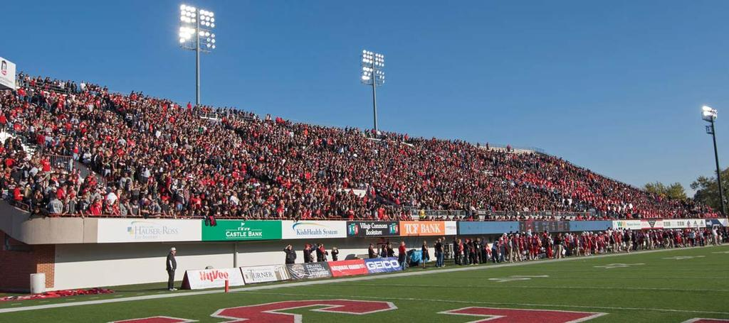 Single Game Records NIU HUSKIES FOOTBALL RECORDS AttendAnce Recent Huskie Stadium Attendance Highs (Since 2007) Date Opponent Attendance 1. 9-8-07 Southern Illinois 24,182 2.