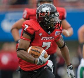 NORTHERN ILLINOIS UNIVERSITY FOOTBALL HISTORY STATISTICAL CHAMPIONS MAC leaders Total Offense Year Yds/Gm 2000 427.8 2010 450.0 2012 469.6 2013 519.8 Scoring Offense Year Points/Gm 1983 26.7 2000 37.