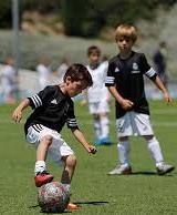 REAL MADRID C.F. TRAINING SESSIONS Real Madrid Foundation is opening its doors to qualified youth players U9 - U18.