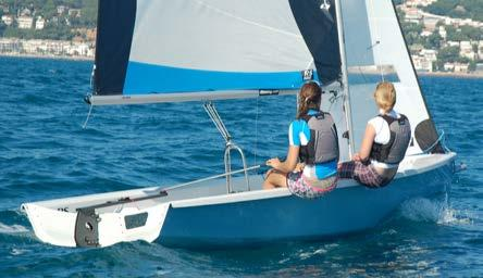 seats and foredeck Venture Keel Perfect for training in exposed environments and for cruising in comfort and safety.