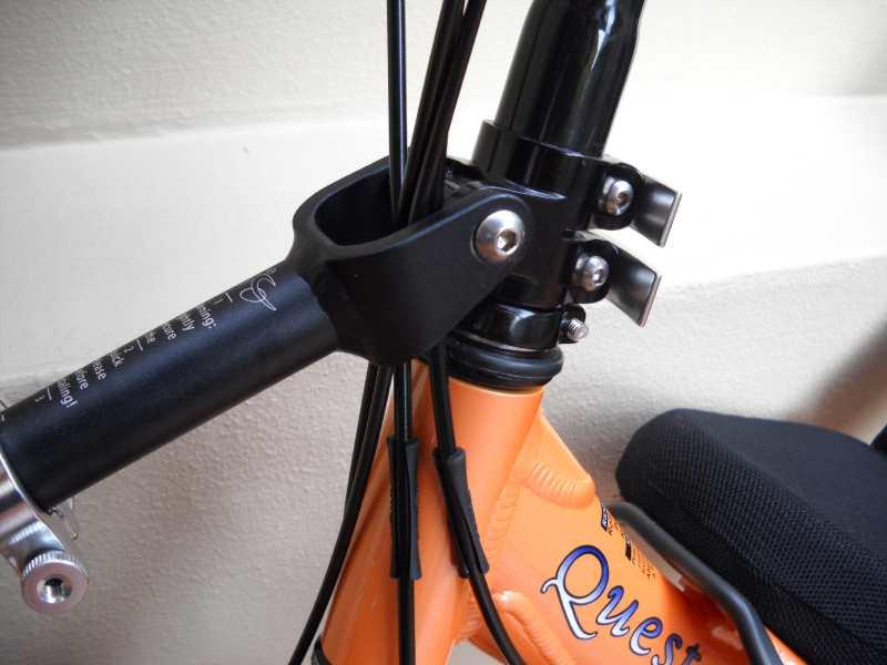 Front triangle & steering components 8. Slide the upper top front tube into the lower top front tube. 9.