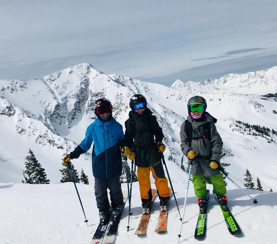 PRE-DEVO (age 6-9; must be in 1 st grade or higher) This program is a bridge between our recreational program, Aspen Supports Kids, and our Alpine or Freestyle programs.