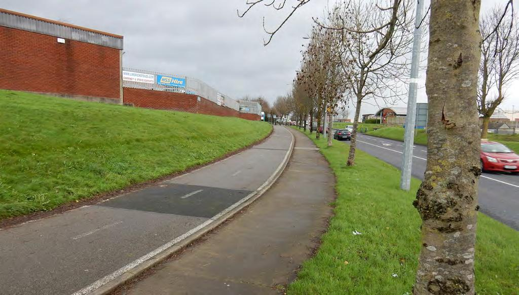 From the Plassey Roundabout, raised adjacent cycle lanes are provided along Plassey Park Road where they transition to on-road cycle lanes in the vicinity of UL and continue to the National
