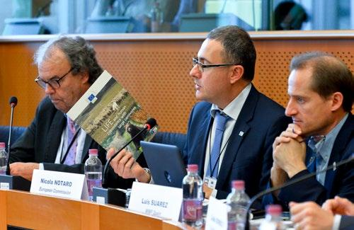 Nicola Notaro, Head of the Unit Nature protection of DG Environment (European Commission), focused on the fact that large carnivores are an integral part of ecosystems and landscapes across Europe,