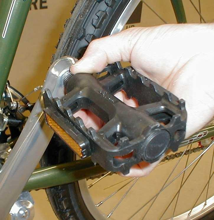 To avoid cross-threading, carefully start and tighten pedals by hand. Then tighten securely with a 15mm wrench.
