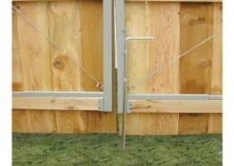 FENCE PANELS (LB) 6' H x 10' L 488K00 68.00 Attache de haut/top clip 038H00 1.