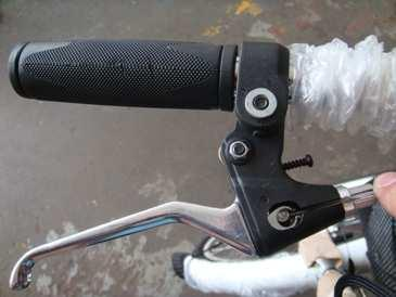 The two levers require angle adjustment and tightening for comfort