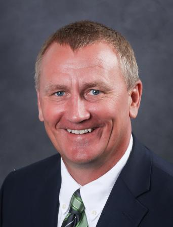 /INSIDE LBS OFFENSIVE COORDINATOR/QBS Year at UND: 7th year Collegiate