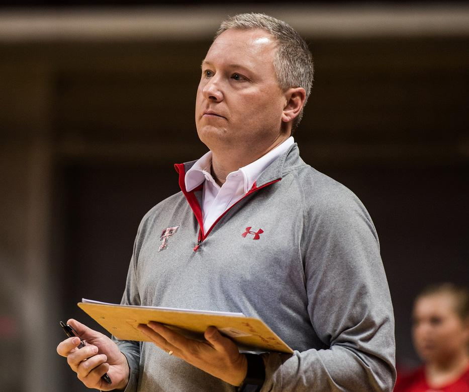 RED RAIDER CLASSIC 2017 TEXAS TECH VOLLEYBALL HEAD COACH @TonyGraystone TONY GRAYSTONE 19th Season Overall 2nd Season at Texas Tech University of Louisville 96 Entering his second season at Tech,