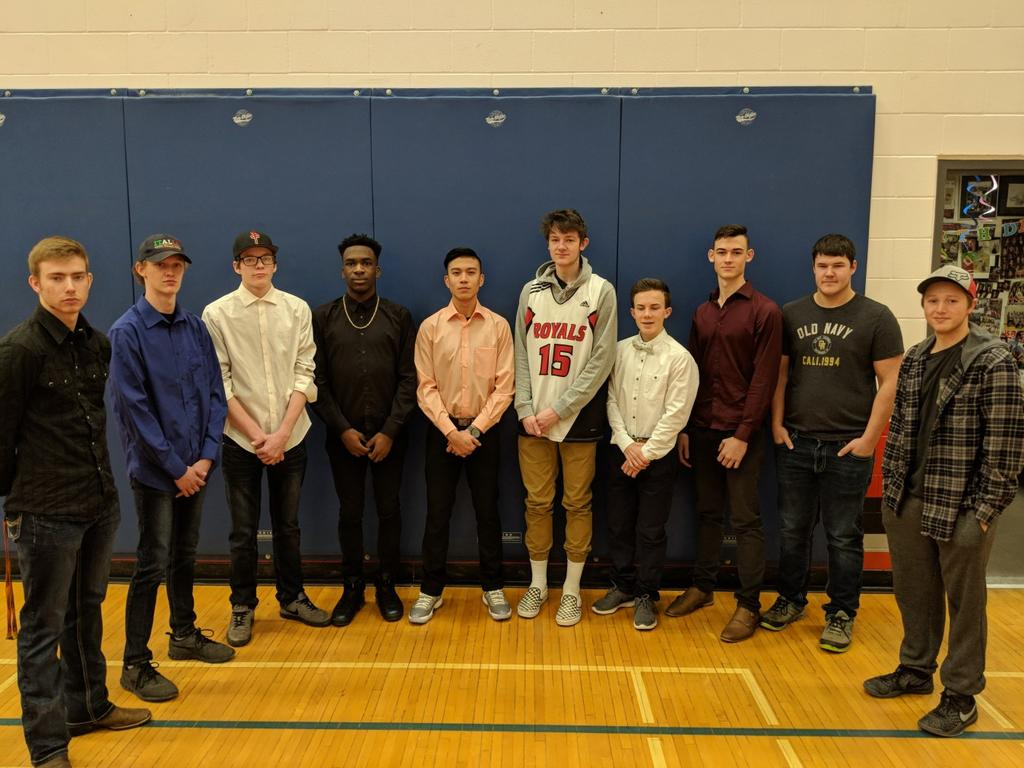 GREEN & GOLD VARSITY MEN 2018 School Name: Beaverlodge Regional High Nickname: Royals City, Province: Beaverlodge, Alberta Coaches: S. Pfau, T. fowler & J.