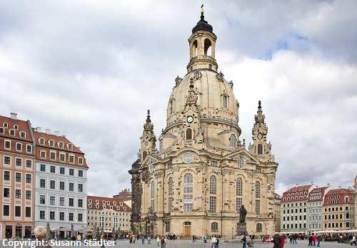 "de Internet: www.lcc-sarea.de Enjoy Dresden and extend your stay with our special offers! Known as ""Florence on the Elbe"", Dresden is one of the finest historic cities of art in Europe."