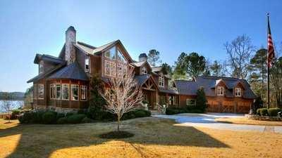 residences in upscale Augusta communities and