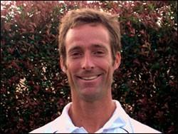 P A G E 2 New Tennis Professionals Bobby Dowlen Bobby is a native Houstonian and has been teaching tennis here for over thirty years.