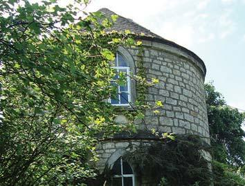 Thursday September 10th & Friday September 11th 14 Thursday Sept 10th WALK 16: Stroudwater Textile Trust Exploring Stroud's Upp End This History walk is a ramble through the old streets of the top of